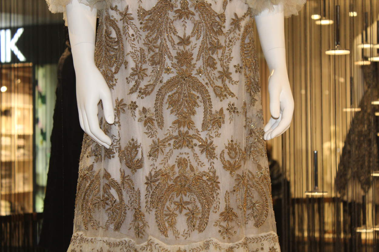 Платье от Александра Маккуина. Коллекция Дафны Гиннесс